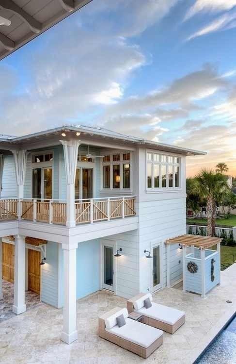 Beach Houses | Pale blue w/ white ... easy coastal