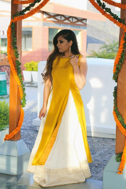 haldi dress for bride sister
