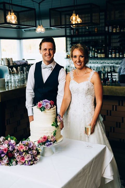 Gorgeous Mornington Peninsula Weddings  Flowers by Ren Situated in Dromana  Wedding reception  Stillwater Crittenden   www.flowersbyren.com.au