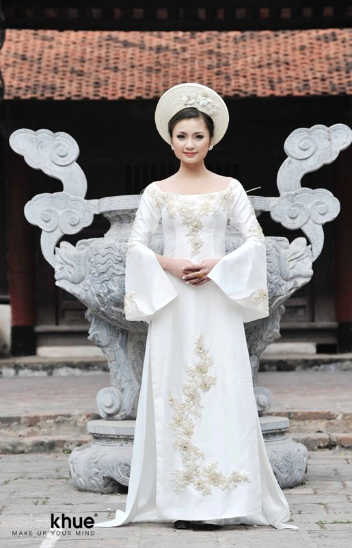 Vietnamese Wedding Dress Ao Dai Cuoi Cach Tan - WR489