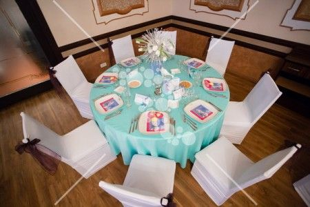 MInt and white table #colors #mint #white #purple