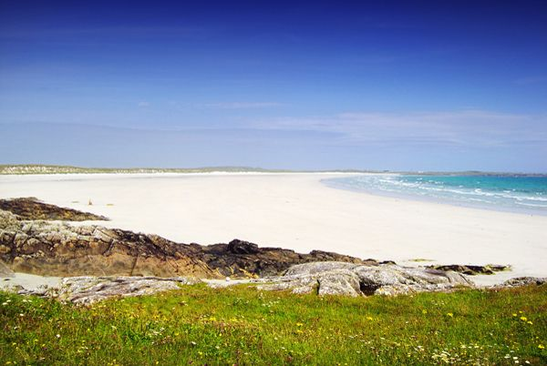 Crossapol Beach, Tiree. I'd love to visit this beautiful island and leave all my worries on the mainland.