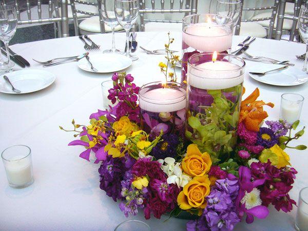 Las 25 mejores ideas sobre centros de mesa de flores for Arreglos de mesa para boda en jardin
