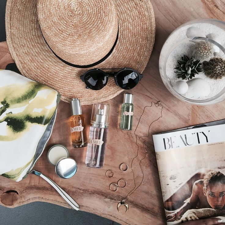 """39.2k Likes, 191 Comments - JULIE SARIÑANA (@sincerelyjules) on Instagram: """"B E A U T Y essentials @lamer 🌴 