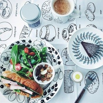 Több mint 1000 ötlet a következővel kapcsolatban: テーブルクロス ... テーブルクロスの使い方もお洒落。北欧の風を感じます!こんな素敵