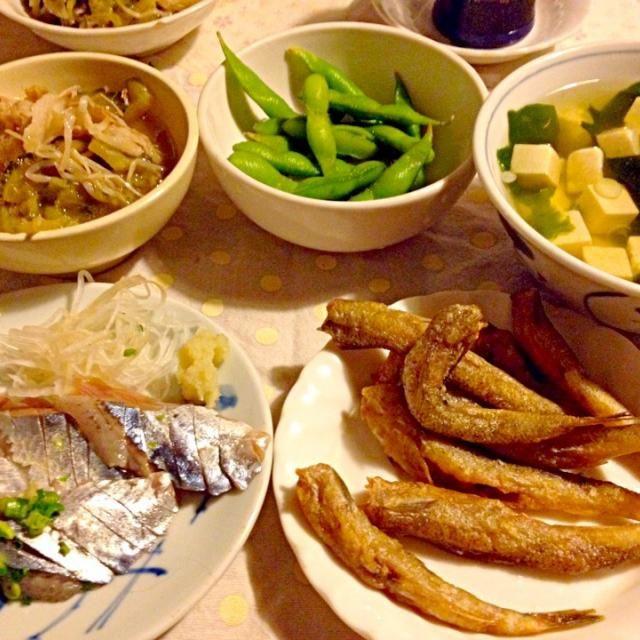 完全におつまみの夕食 - 19件のもぐもぐ - さんまの刺身    ボラメの唐揚げに啓ちゃんのハーブ塩   今日は豆腐の日だからお澄まし汁 by lalanoir