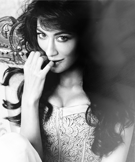 Prettiest indian woman- Chitrangada Singh !!!