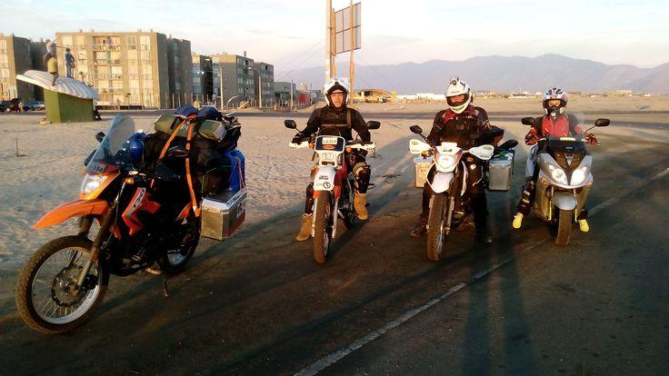 En Mejillones motoqueando con Anita y Rodrigo López