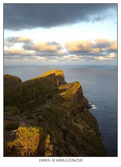 Dawn at Kims Lookout  www.lordhoweisland.info