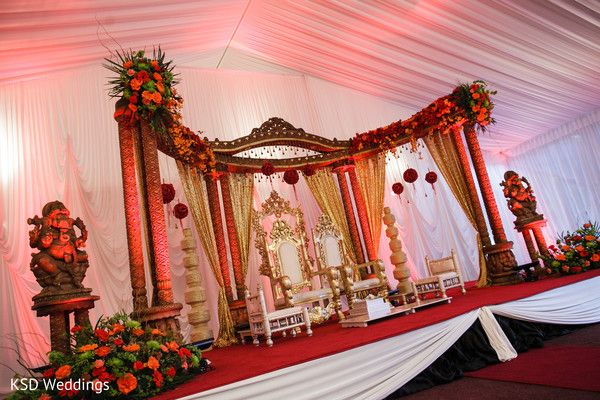 Mandap http://maharaniweddings.com/gallery/photo/26618