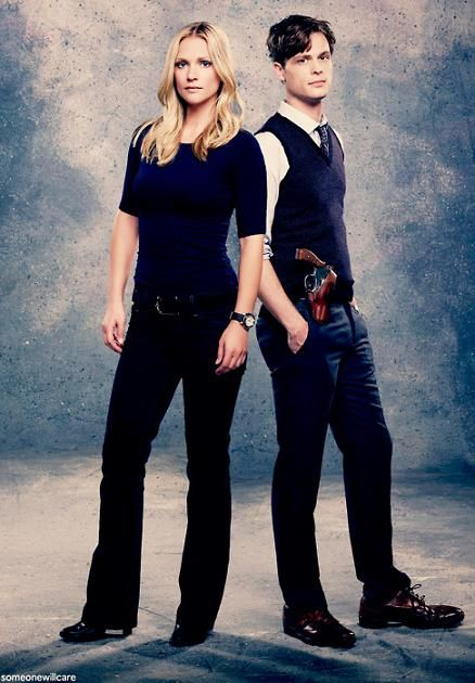 Criminal minds actors~ A.J.Cook and Matthew Gray Gubler{J.J.-Jennifer Jareau and Dr.Spencer Reid}