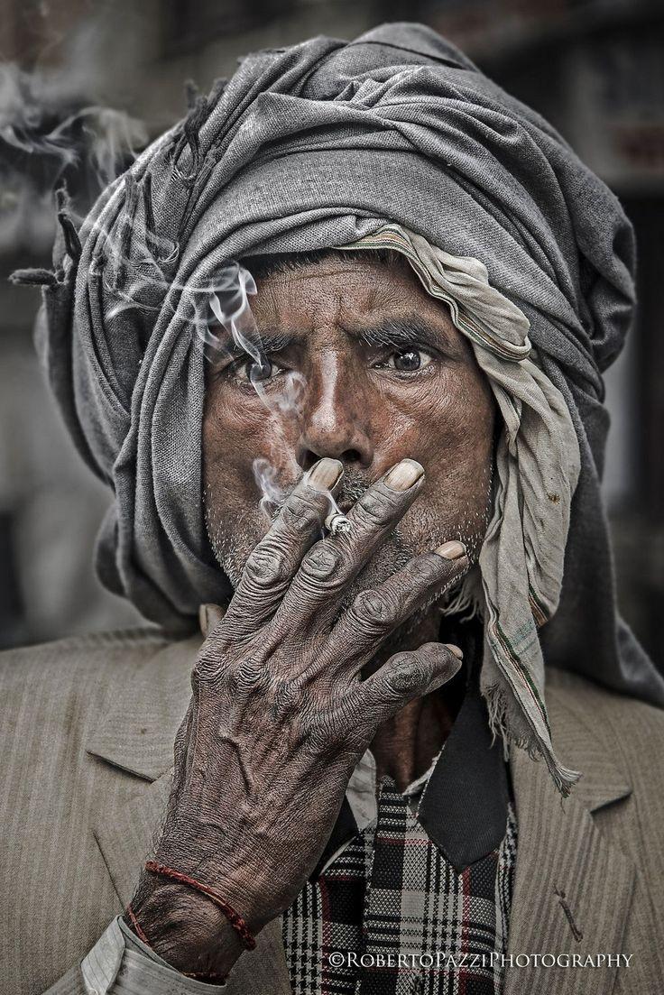 Das ergreifende Aussehen dieser Indianer zeugt von dem immensen Elend, in dem sie überlebt haben