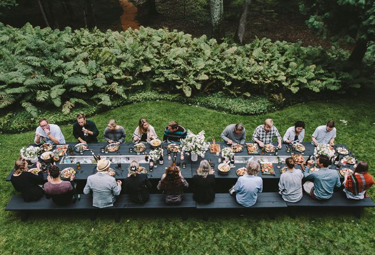 Picnic table dinner party