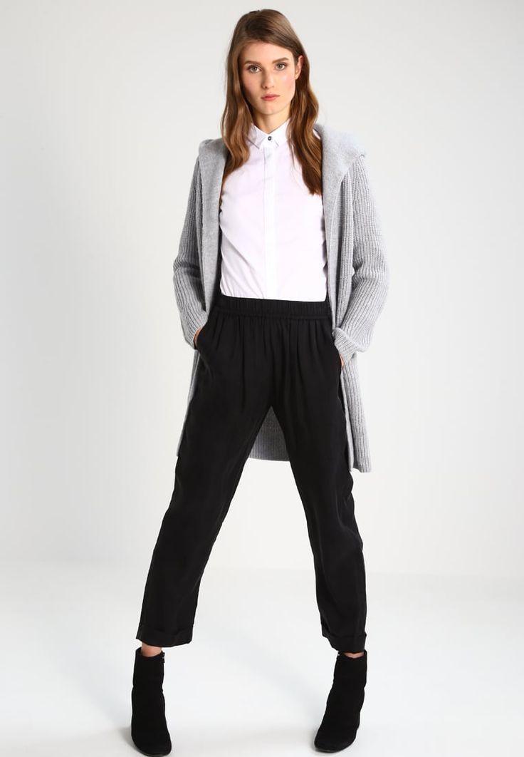 ¡Cómpralo ya!. Calvin Klein Jeans WALIDA Blusa white. Calvin Klein Jeans WALIDA Blusa white Ofertas   | Material exterior: 100% algodón | Ofertas ¡Haz tu pedido   y disfruta de gastos de enví-o gratuitos! , blusas, blusa, blusón, blusones, blouses, blouse, smock, blouson, peasanttop, blusen, blusas, chemisiers, bluse. Blusas  de mujer color blanco de Calvin klein jeans.