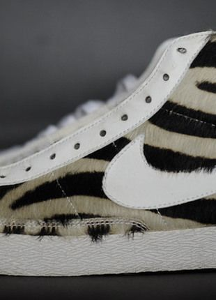 Kup mój przedmiot na #vintedpl http://www.vinted.pl/damskie-obuwie/obuwie-sportowe/12518031-wmns-blazer-mid-premium-zebra-us-9