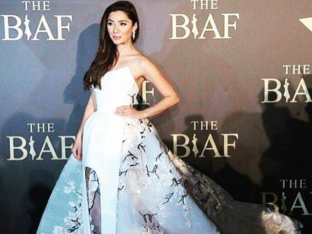 The beautiful and well-known actress from Pakistan, Mahira Khan, attended the 8th Beirut International Awards Festival on Sunday. The star actress made the country proud by bagging two awards. One award was for her being the best-dressed lady of the night and the second was an award for international recognition. The amazing actress not only …