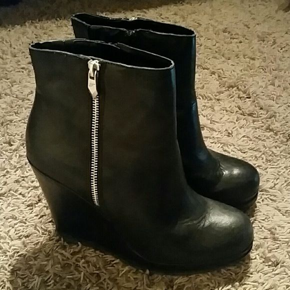 Black wedge boot These black wedge boots with side zipped are fun and edgy. Worn once. Fergie Shoes Heeled Boots