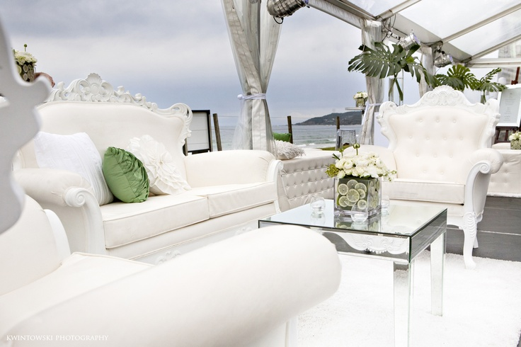 white+white weddings and events  Epic Empire  Amini Concepts  Kwintowski Photogoraphy