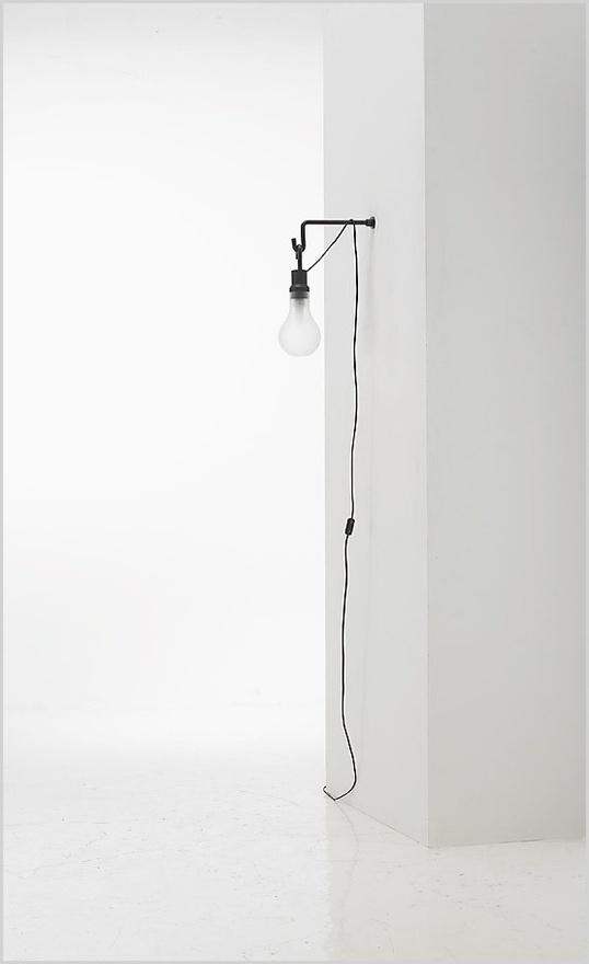 Minimal wall-mounted light