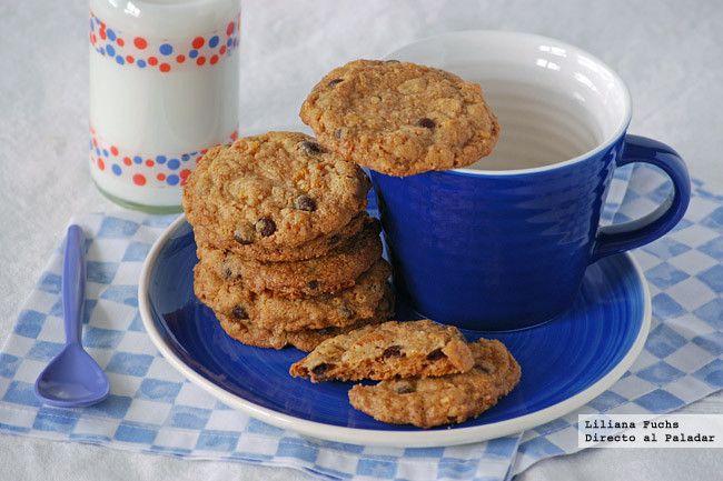 Cookies crujientes con copos de maíz y chips de chocolate