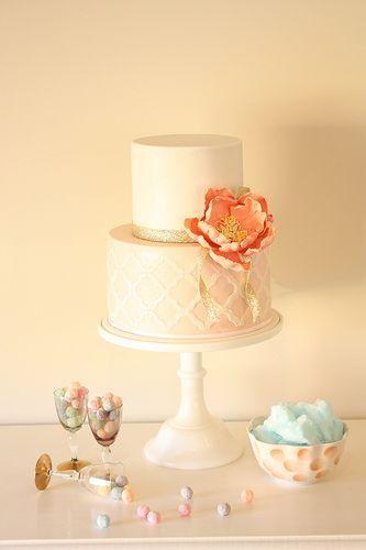 Flirty engagement cake – Engagement Cakes