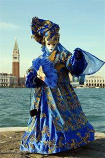 Venezia Carnaval #veneto #venice #Venetie Vakantie Italie in Venetie: Veneto is vooral bekend om Venezia, maar in deze regio ligt ook een stukje van het Gardameer en andere mooie steden zoals Verona en Padova.