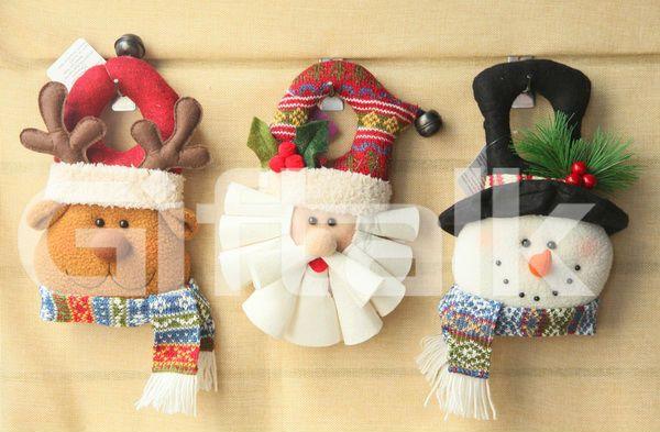 fieltro muñeco de nieve santa renos colgando de la puerta de la ...