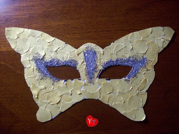 Mascherina di Carnevale (coriandoli d'oro e glitter argento)