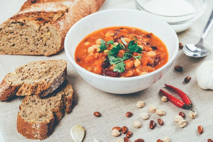 How to Make Dairy-Free Crockpot Vegetarian Bean Cholent