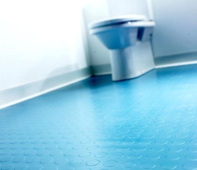 Best 25 Rubber flooring ideas on Pinterest  Rubber tiles