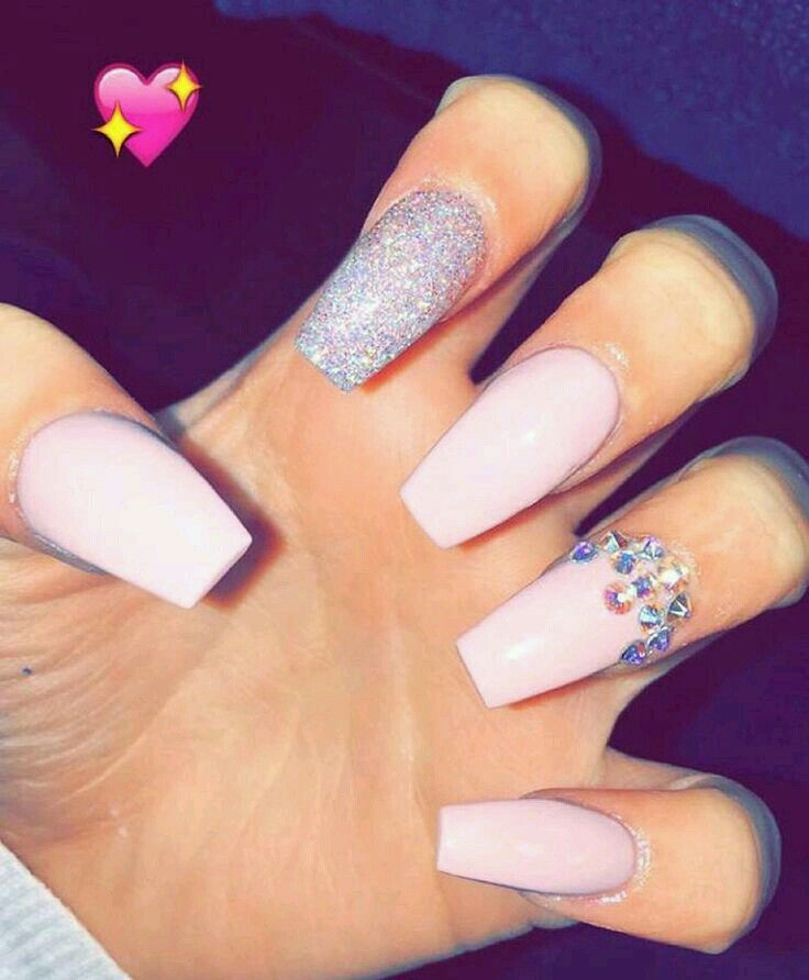 Pretty Nail Art Tumblr: 25+ Best Ideas About Matte Nails Glitter On Pinterest