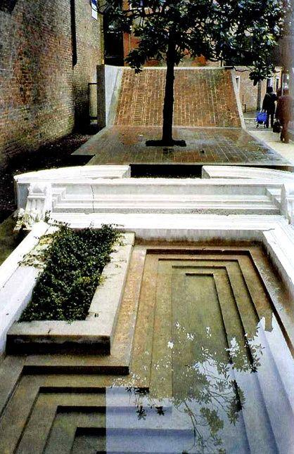 Carlo Scarpa, Venitian courtyard: