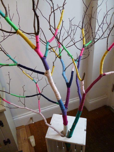 Un arbre multicolore, ça te branche ? / Bombed Department.