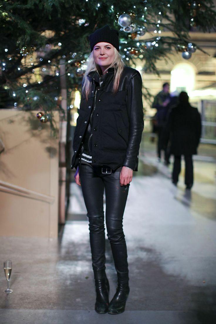 Alison Mosshart Somerset House Skate Street Style