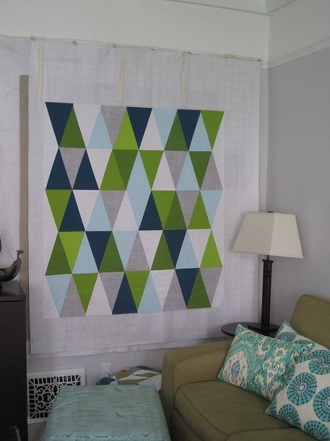 tip for keeping everything lined up............Quilt Design, Isosceles Triangles, Triangle Quilts, Triangles Quilt, Contemporary Quilt, Quilt Tips, Quilt Tops, Sewing Katy, Quilt Pattern