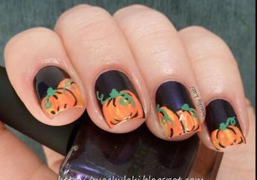 DIY Halloween Nails : Halloween pumpkin nails
