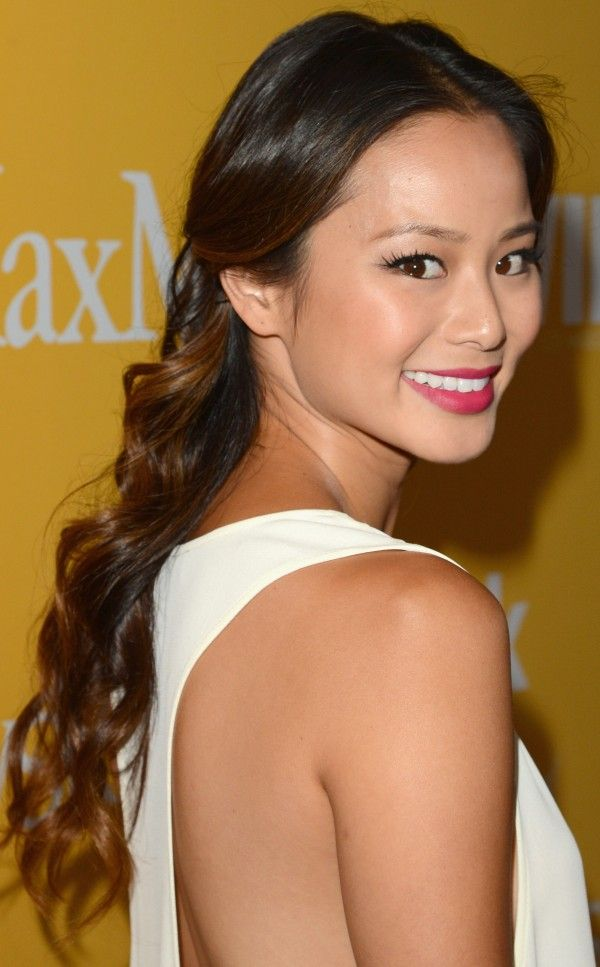 Hare you find Jamie Chung Cute Medium Curls | Jamie Chung's Glam Curls | Asian curly hair | Jamie Chung Curly | Jamie Chung's Curly Updo |Jamie Chung's long, curly hairstyle