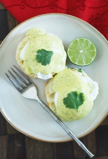 Jalapeno Cheddar Eggs Benedict with Cilantro-Lime Hollandaise | I love ...