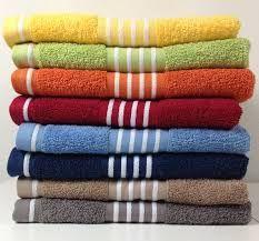 De #was wordt sneller droog in de #droger als je bij de natte was een droge handdoek stopt #tip Meer tips? www.hulpstudent.nl