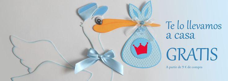 Tienda on-line de la empresa Pillines que se dedica a vender chupetes personalizados, regalos recién nacidos, calcetines antideslizantes bebé, albornoz bebé y otros artículos para el bebé.