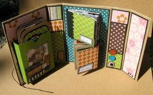 another gorgeous mini album scrapbook. loving the colors