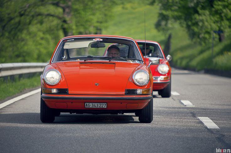 Porsche в Швейцарии фото из автомобильного путешествия по Европе.