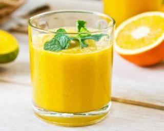 Recette de Smoothie ananas-orange à calories négatives                                                                                                                                                                                 Plus