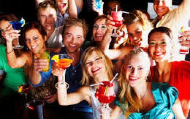 Ecco il nuovo sito dove conoscere persone per amicizia e per farti notare #amici;ragazze;ragazzi;incontri;amicizia;