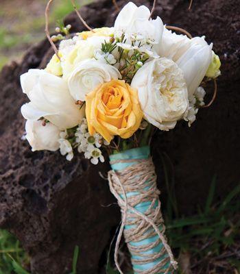 gurovich-hawaii-oahu-honolulu-wedding-bouquet-flowers.jpg | Destination Weddings and Honeymoons
