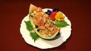 Das perfekte Promi Dinner - Hawaiianischer Wassermelonensalat (Estefania Küster) Rezept - Rezepte Kochen - VOX.de