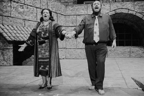 Caballe and Pavarotti frolicking