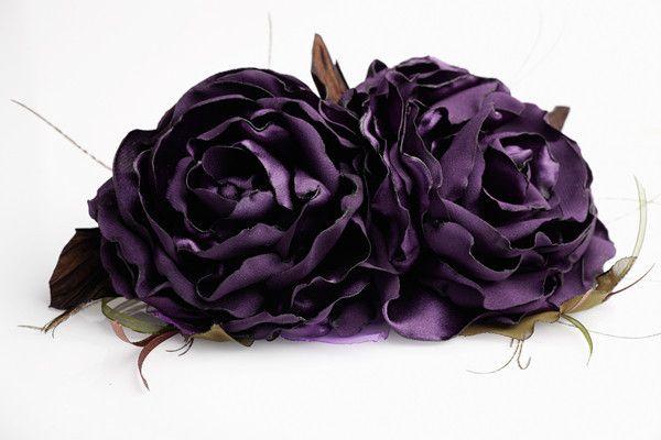Купить или заказать Фиолетовые розы в интернет-магазине на Ярмарке Мастеров. Фиолетовые розы из атласа…