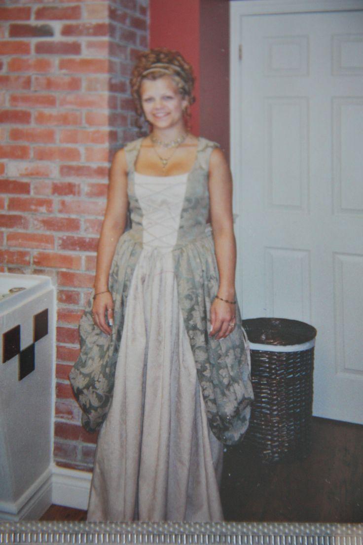 Robe de bal Anaïs.  Juin 2004