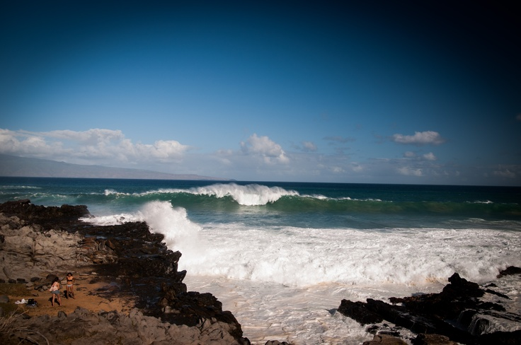 Big waves and sun.